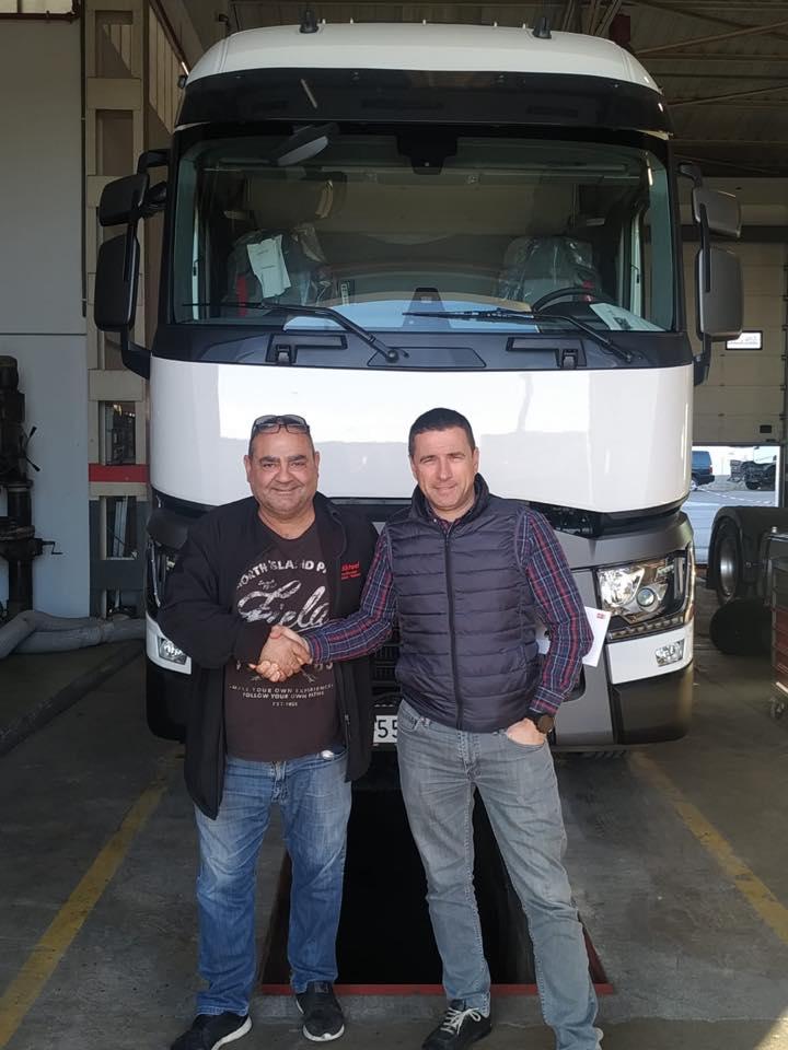 Nueva Entrega de vehículo a la empresa Grau Baro