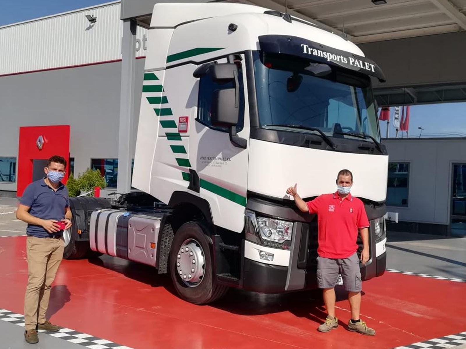 Entrega de vehículo a Renault Trucks T 460 a Transpórtes Palet