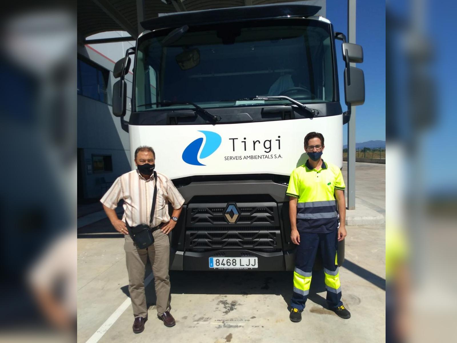 Entrega de este Renault Trucks T 460 a la empresa Tirgi