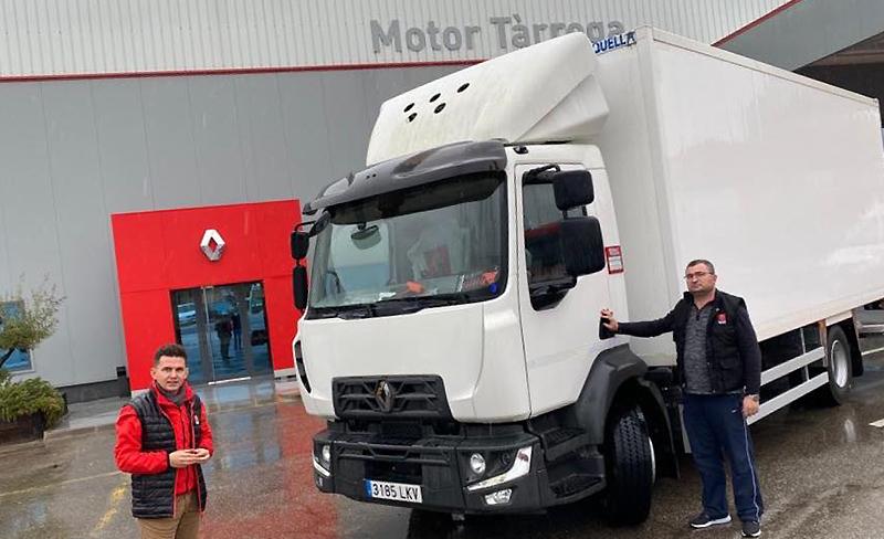 Entregamos este Renault Trucks D 14 MED a Romica Ionel Nistor